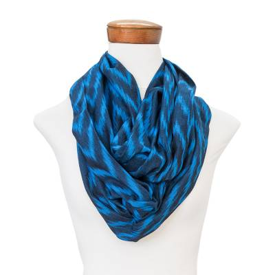 Cotton infinity scarf, 'Jaspe Blue' - Handcrafted Cotton Infinity Scarf