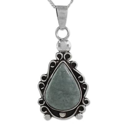 Silver 925 Pendant Necklace with Apple Green Maya Jade