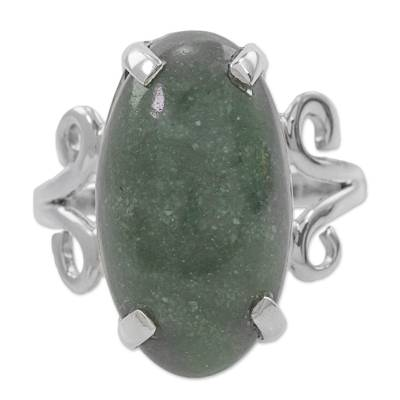 Pre-Hispanic Style 925 Silver Ring with Guatemalan Jade