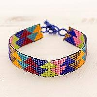 Beaded wristband bracelet, 'Chichicastenango Triangles' - Triangle Multicolor Glass Bead Wristband Bracelet Guatemala