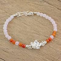 Agate and rose quartz beaded pendant bracelet,