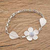Jade pendant bracelet, 'Jade Flowers' (Guatemala)