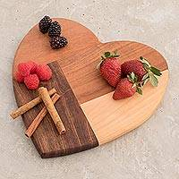 Wood cutting board, 'K'u'x Love' (Guatemala)
