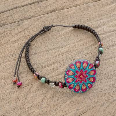 Glass beaded macrame pendant bracelet, Mesmerizing Colors