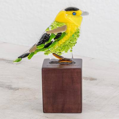 Art glass sculpture, 'Wilson's Warbler' - Art Glass Sculpture of a Wilson's Warbler from El Salvador