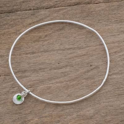 Fine silver bangle bracelet, 'Hammered Ring in Green' - Fine Silver Bangle Bracelet in Green from Guatemala