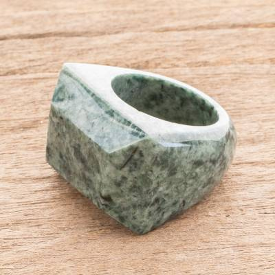 Jade signet ring, Green Steppe