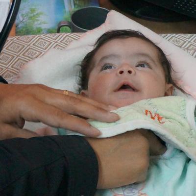 Health checks for 10 Syrian children - Health checks for 10 Syrian children