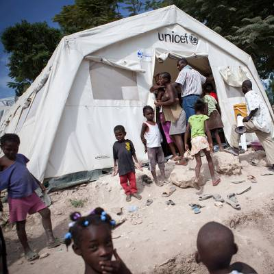 Unicef tent   - Tent for a temporary school or clinic