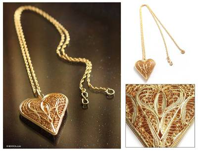 Gold plated necklace, Heart of Lace