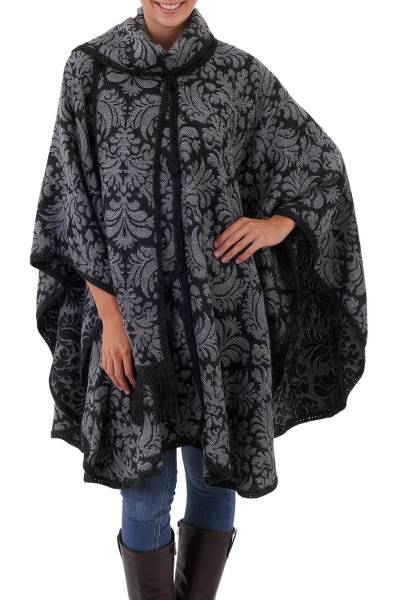 Handcrafted Alpaca Wool Patterned Grey Poncho