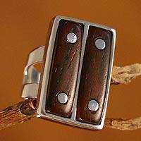 Cedar cocktail ring, 'Safari' - SIlver Ring with Cedar Wood Accents Handcrafted in Peru