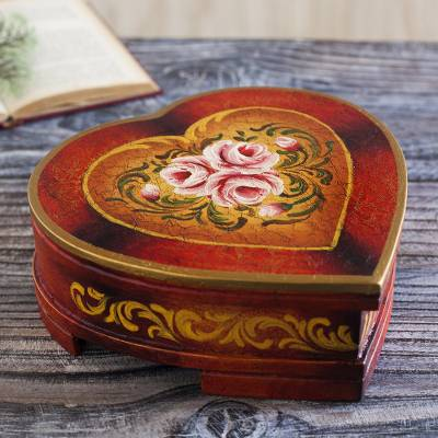 Cedar jewelry box, 'Timeless Love' - Women's Heart Shaped Handmade Cedar Jewelry Box