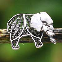 Silver filigree brooch pin, 'Young Elephant' - Silver filigree brooch pin