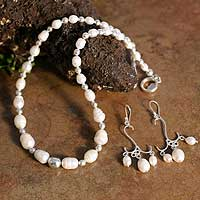 White Pearl Jewelry Set 'Snow Princess' (Peru)