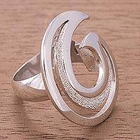 Silver cocktail ring, 'Whirlpool' - Handcrafted Modern Fine Silver Cocktail Ring