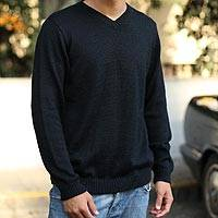 Men's alpaca blend sweater, 'Ebony' - Men's Peruvian Alpaca Wool Blend Classic Pullover Sweater