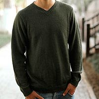 Men's alpaca blend sweater, 'Golden Olive' - Hand Made Men's Alpaca Wool Basics Pullover Sweater