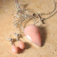 Rose quartz jewelry set, 'Lily' (Peru)