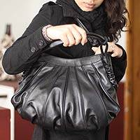 Leather hobo shoulder bag, 'Miraflores Chic' - Black Leather Shoulder Bag