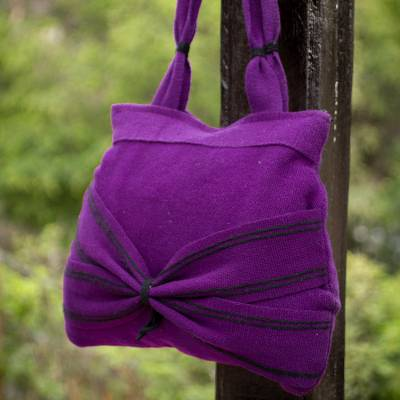 Wool shoulder bag, Puno Plum