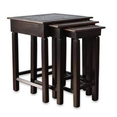 Mohena wood and leather tables, 'Colonial Guard' (set of 3) - Fair Trade Colonial Wood Leather Side Tables (Set of 3)