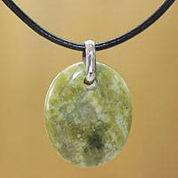 Serpentine pendant necklace, 'Green Goddess' - Serpentine Pendant Necklace