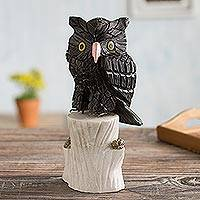 Onyx and rhodonite sculpture, 'Owl's Sacred Wisdom' - Onyx and rhodonite sculpture