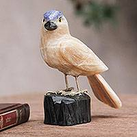 Caramel calcite sculpture, 'Sparrow of Creativity' - Bird Sculpture in Caramel Calcite on Onyx Stand