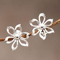 Sterling silver flower earrings,