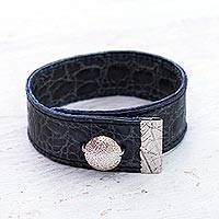 Leather Wristband Bracelet Deep Blue (peru)