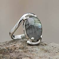 Labradorite single stone ring, 'Reflections' - Labradorite Single Stone Ring