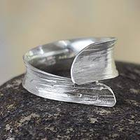 Sterling silver wrap ring, 'Modern Textures' - Handmade Andean Silver Wrap Ring