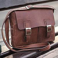 Leather messenger bag, 'Wandering Caramel' - Caramel Brown Leather Messenger Bag with Multi Pockets