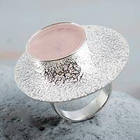 Rose quartz cocktail ring, 'Andean Romance' - Peruvian Textured Silver and Rose Quartz Statement Ring