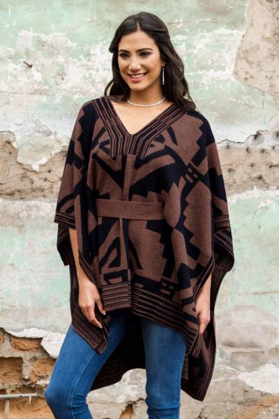 100% alpaca poncho, 'Piura Geometry' - Knitted Alpaca Poncho with Belt in Black and Brown