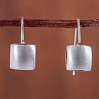 Sterling silver drop earrings Silver Pillows (1 inch) (Peru)