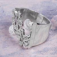 Sterling silver wrap ring, 'Flowers of Rimac' - Sterling Silver Artisan Crafted Wide Floral Wrap Ring