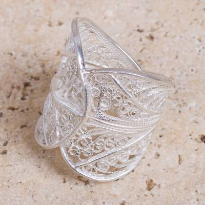 school rings jostens - Hand Crafted Sterling Silver Filigree Ring with Leaf Motif