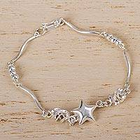 Silver link bracelet, 'Shining Star' - Contemporary Star Theme Bracelet in Polished Andean Silver