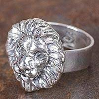Men's silver ring, 'Courage of the Lion' - Men's Artisan Crafted Ring in Andean Silver 950