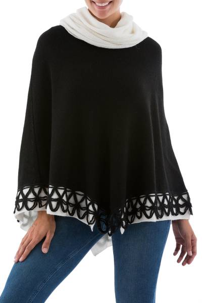 100% alpaca poncho, 'Elegance in Ivory and Black' - Artisan Crafted Black and Ivory 100% Alpaca Poncho