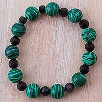 Malachite beaded stretch bracelet, 'Planetary Force in Green' - Green Malachite and Agate Beaded Bracelet from Peru