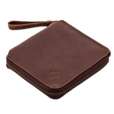 Brown Leather Wallet with Zipper from Peru