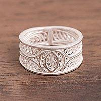 Silver filigree band ring, 'Shining Crescents' - Artisan Crafted Wide 950 Silver Filigree Band Ring from Peru