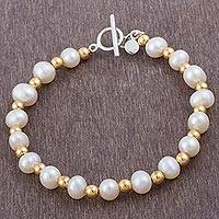 Cultured pearl beaded bracelet, 'Bright Magic' - 18K Gold Plated Cultured Pearl Beaded Bracelet