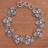 Sterling silver filigree link flower bracelet, 'Daisy Royalty' - Hand Crafted Silver Bracelet with Peruvian Filigree Flowers