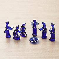Blown glass nativity scene, 'Christmas Blue in Peru' (8 pieces) - Fine Silver Leaf and Blue Hand Blown Glass Nativity Scene