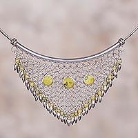 Serpentine collar necklace,