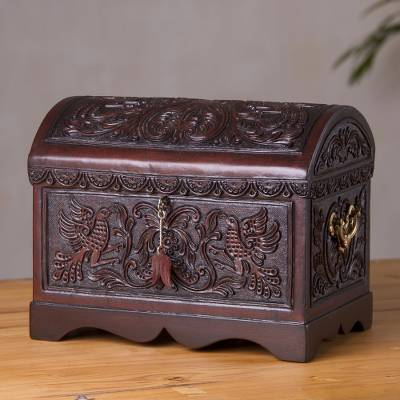Cedar and leather decorative chest, 'Bird Paradise' - Handcrafted Cedar and Leather Decorative Box from Peru
